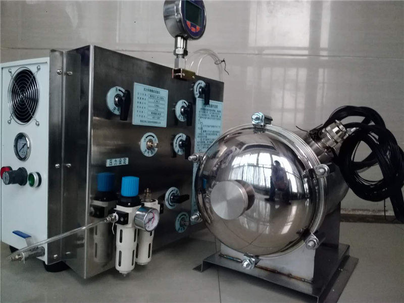某兵器工业研究所便携式高空环境模拟仪