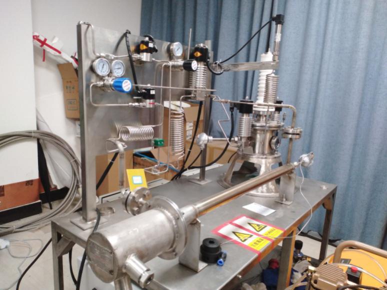SF6高温放电及热解试验装置